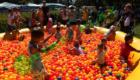 Большой, бассейн, цветные шары в бассейн