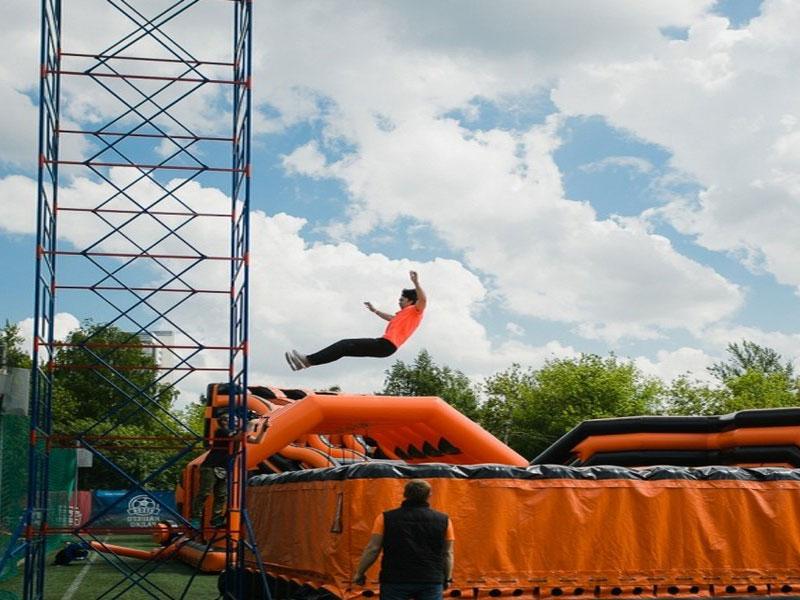 заказ батута для прыжков с высоты