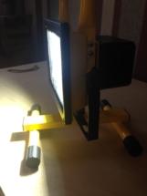 зарядка для аккумуляторного прожектора