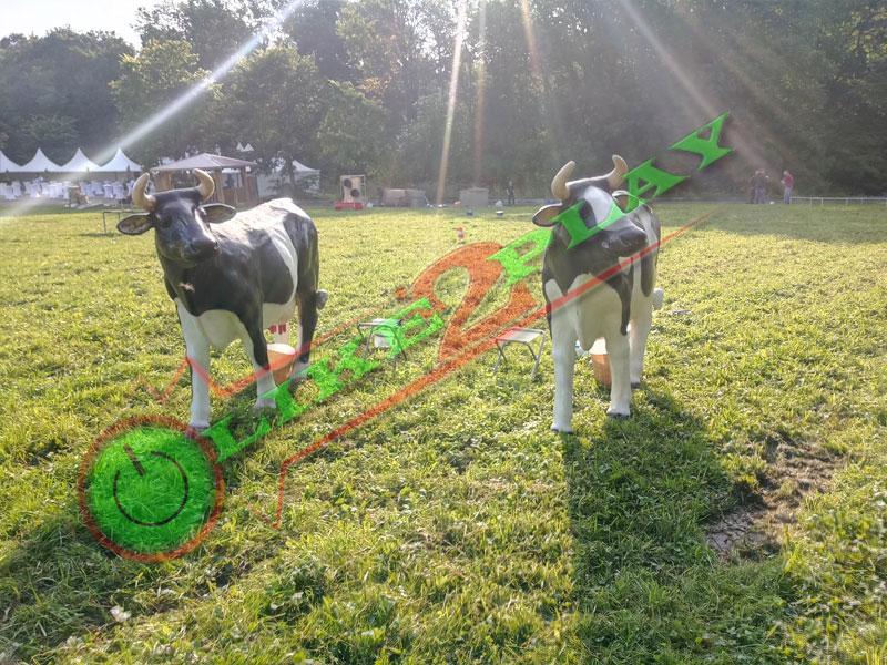 Доить корову, фигура коровы