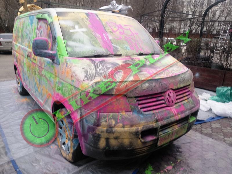 Граффитчики, художество на улице,тачка разрисованная, граффити на автомобиле, граффитти, фольксваген транспортер, т5, #спасибоврачам, роспись машины, покраска фольцвагена